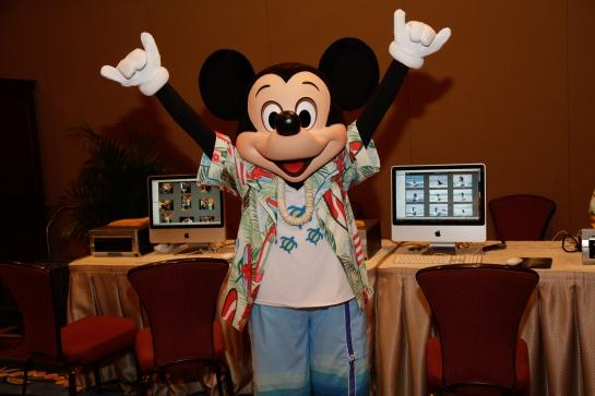 Mickey at the photo bar.